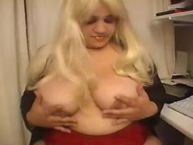 Enormous blonde does dual blowjob