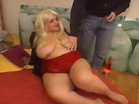 Paunchy mature blonde fucks in hotel