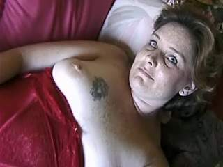 Mature over weight mummy blowing hard dick