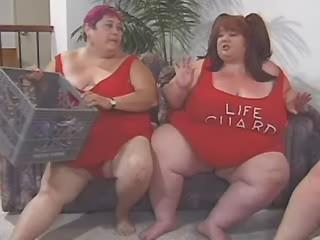 Sex adventure of two tremendous fat lesbians