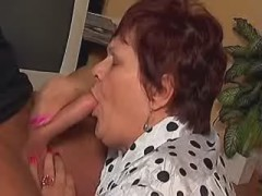 Obese mature mom fucked hard by dude on table